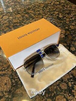 Brand New Authentic LOUIS VUITTON Attitude Sunglasses