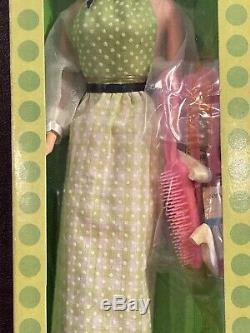 Vintage Barbie QUICK CURL KELLEY Brand New NRFB 1972